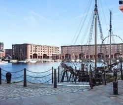 Albert Dock - Minibus Hire in Liverpool